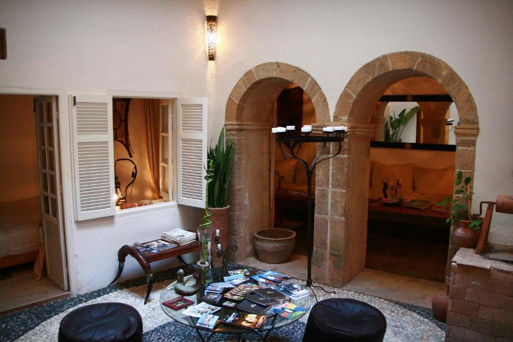 RIAD BALADIN ESSAOUIRA |  PATIO SALON
